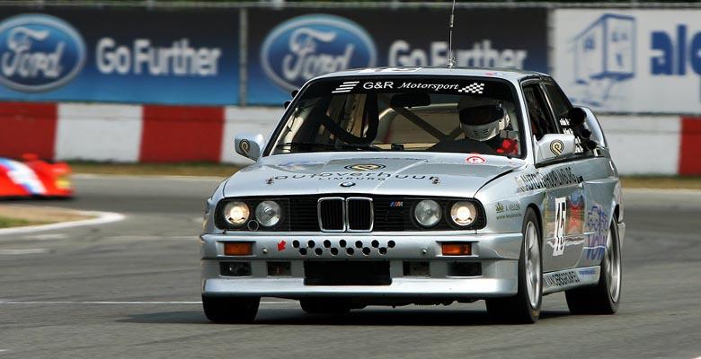 vdw-motorsport-wagen-bmw-e30